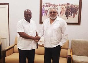 Photo of Rawlings congratulates Mahama