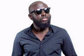 Photo of It's sad all you need to become a celeb now is to fool – Kofi Asamoah