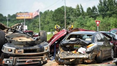 Photo of 197 killed, 1,870 injured in road crashes.
