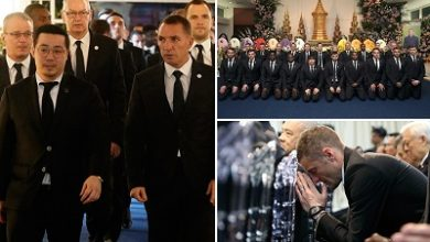 Photo of Leicester players, staff in Thailand for cremation of club owner