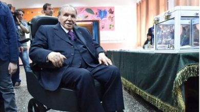 Photo of Algeria's leader to run for 'last time'