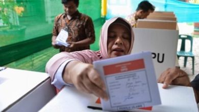 Photo of 'Overwork' kills 270 Indonesian poll staff