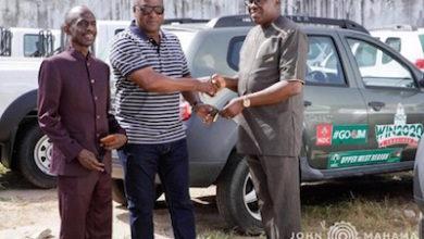 Photo of Mahama donates vehicles to NDC
