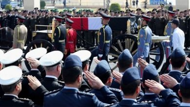 Photo of Egypt holds military funeral for Hosni Mubarak