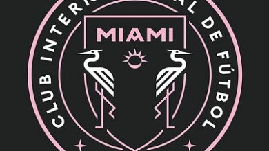 Photo of Inter Miami change crest to promote social distancing