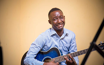 Photo of Sing more local songs at church– Evangelist Solomon Yidana