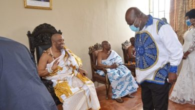 Photo of GAR Minister pays courtesy call on Ga Mantse under heavy security
