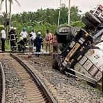 Locomotive engine crashes into GOIL fuel tanker at Takoradi