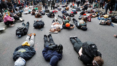 Photo of Further widespread US protests but violence falls