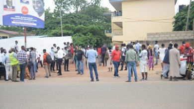 Photo of Parents besiege Accra Girls SHS over COVID-19 scare …demand release of children