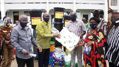 Photo of GIADEC donates hygiene materials to Kyebi c'nities
