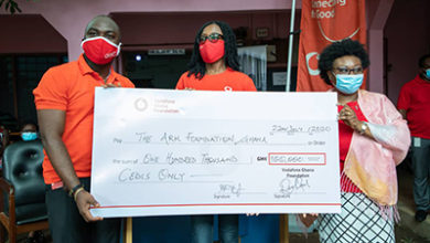 Photo of Vodafone employees raise GH¢100, 000 to support domestic abuse survivors