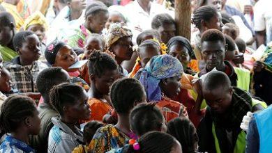 Photo of COVID-19: Uganda opens border to stranded refugees