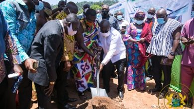 Photo of President cuts sod for Nsukwao Basin Drainage Project