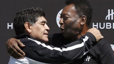 Photo of Pele: I hope to play football with Maradona in the sky one day