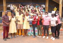 Photo of Arsenal Ladies Ghana gives to Mampong deaf school